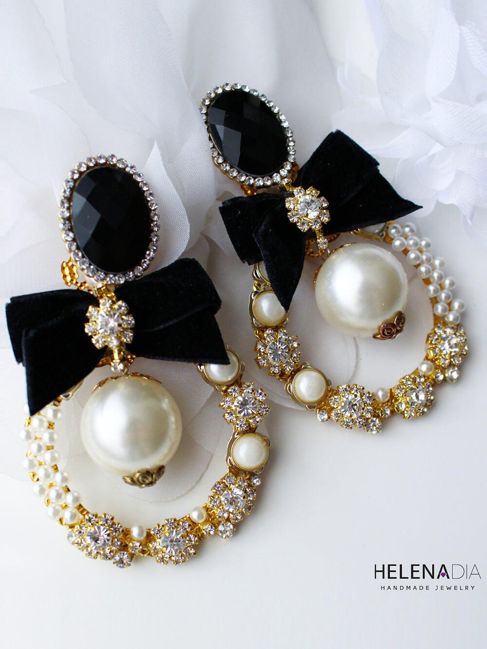 Limited Earrings 230
